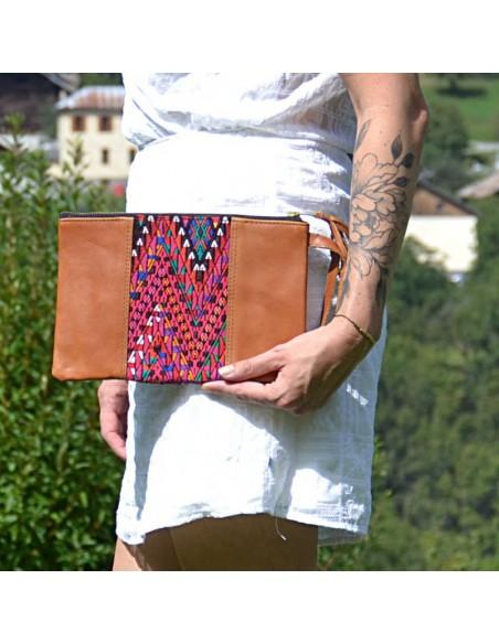 Pochette-Cuir-Huipil-Handmade-Unique-Tissé-Main