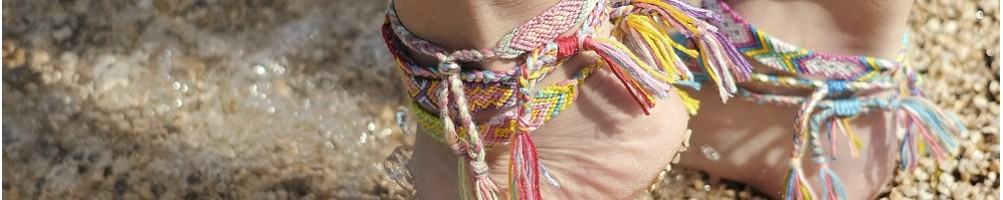 Hiilos : Trendy Ankle Friendship Bracelets
